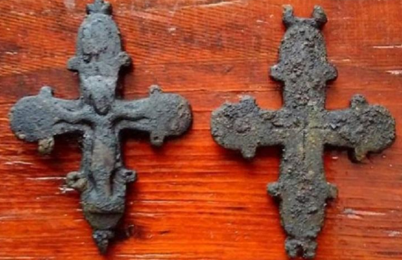 Во Львове найден тысячелетний крест