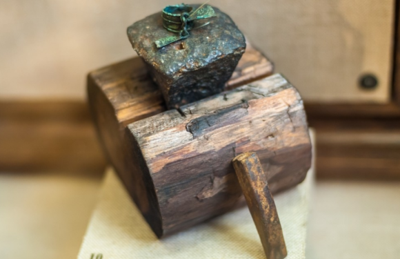 В Шотландии найдена древняя наковальня, которой около 1500 лет