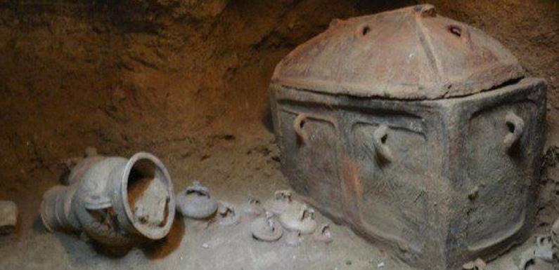 На острове Крит найдена гробница, возраст которой 3 тысячи лет