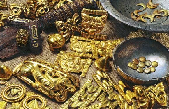 Сокровища сибирских «бугров» (курганов)