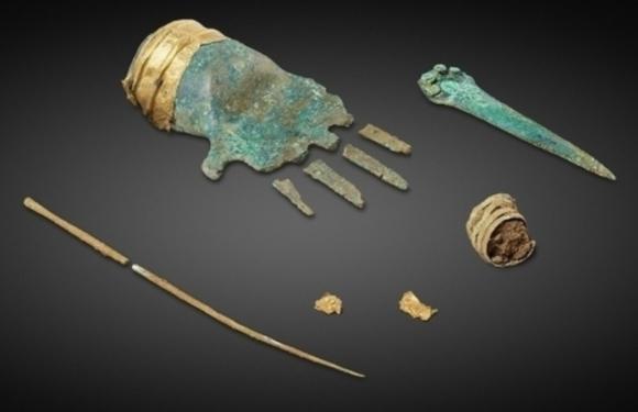 В Швейцарии археологи нашли бронзовую руку возрастом 3,5 тысячи лет