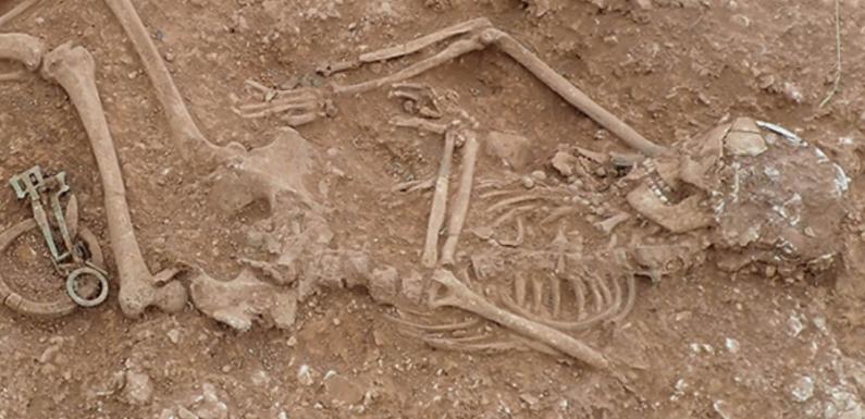 На востоке Англии найдено англосаксонское кладбище с драгоценностями