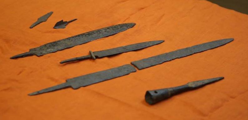 Жители Урала передали в музей оружие кочевников IV века н.э.