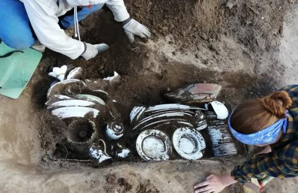 В центре Перми найден клад с дореволюционным фарфором
