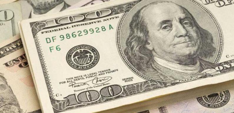 В США семья нашла клад, набитый довоенными деньгами