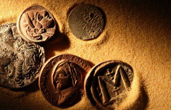 Археологи отыскали следы одного из крупнейших кладов арабских монет в России