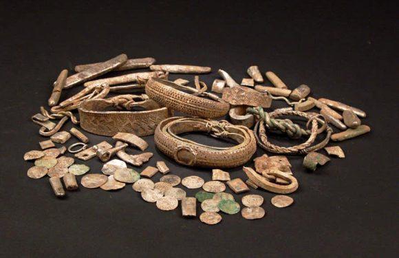 Шведский спортсмен в лесу обнаружил уникальный клад бронзового века